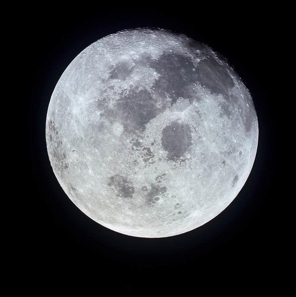 Apollo Full Moon