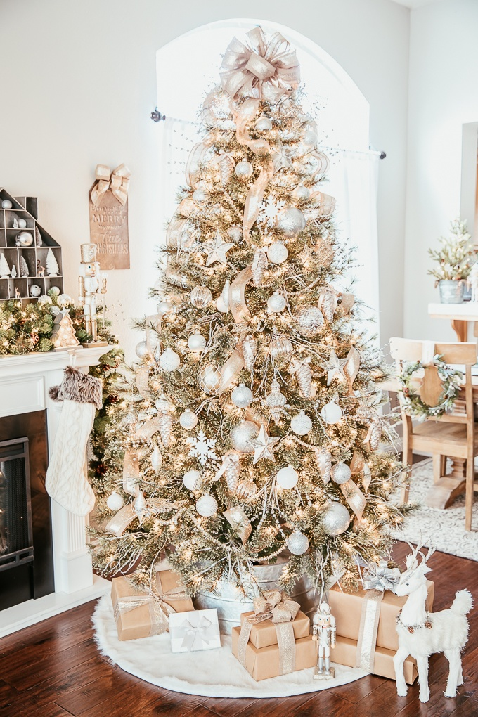 Elegant Silver And Gold Christmas Tree
